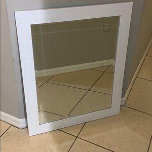 White square mirror